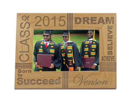23-graduation-frames-gig-02-frame-01